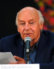 Eduardo Galeano, escritor y periodista uruguayo, durante la presentación del Jurado del Premio Casa, en su edición 53, en La Habana, Cuba, el 16 de enero de 2012. AIN FOTO/Omara GARCÍA MEDEROS/Thm